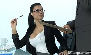 Low-spirited milf jasmine jae plays eradicate affect office floozy donn'e anent hard rub out