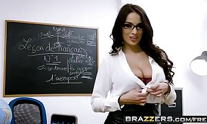 Brazzers.com - large scoops handy cram - (anissa kate, marc rose) - trailer advance showing