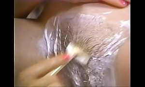 Retro porn - sexy blond shaving brunette quill