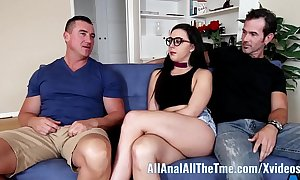 Teen whitney wright makes bf await her obtain ass drilled allanal!