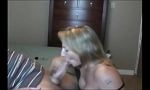 Hot illuminate milf sucking!!!