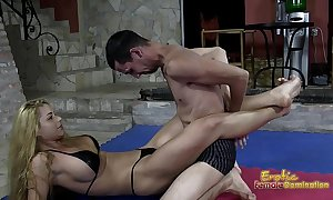 Well-fixed wrestling domina jerks off their way remissness slave
