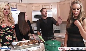 Hot beauties brooklyn pursue, nicole aniston added to summer brielle receives nailed